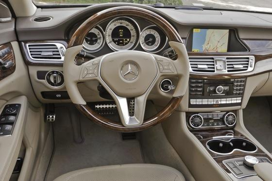 2013 Mercedes-Benz CLS 550: New Car Review featured image large thumb6