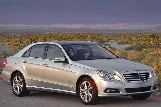 2010 mercedes benz e class used car review autotrader for Mercedes benz emergency number
