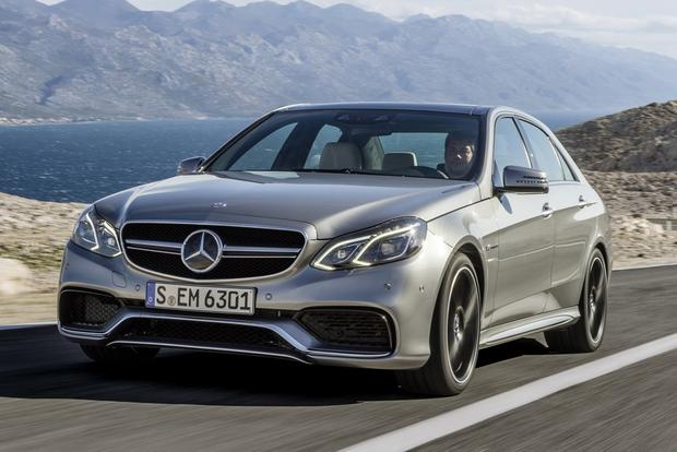 2013 vs 2014 mercedes benz e class autotrader for Mercedes benz r class 2014