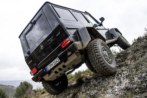 2017 Mercedes-Benz G-Class: New Car Review featured image large thumb2