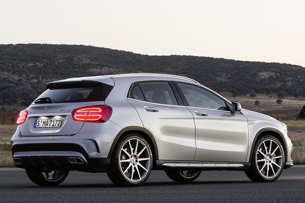 2015 Mercedes-Benz GLA-Class vs. 2015 BMW X1: Which Is Better? featured image large thumb4