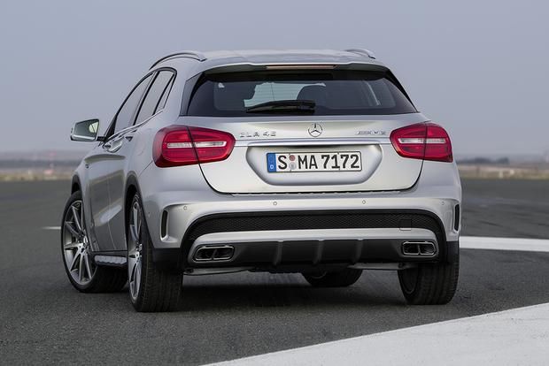 2015 Mercedes-Benz GLA-Class vs. 2015 BMW X1: Which Is Better? featured image large thumb6