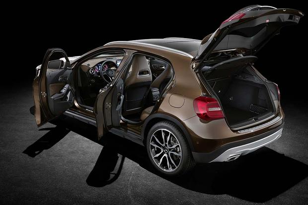 2016 Mercedes-Benz GLA-Class: New Car Review featured image large thumb2