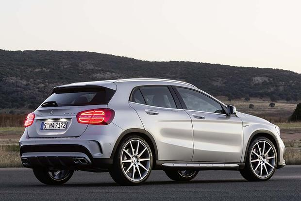 2016 Mercedes-Benz GLA-Class: New Car Review featured image large thumb5