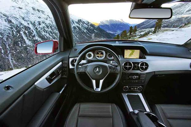 2015 Mercedes-Benz GLA-Class Compact Crossover Set for Frankfurt Debut featured image large thumb50