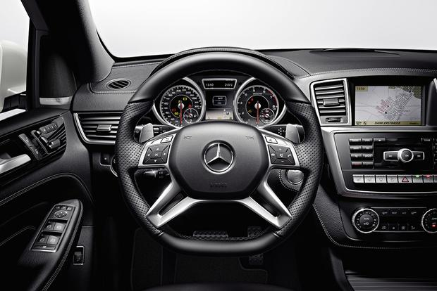 2016 Mercedes-Benz GLE vs. 2015 Mercedes-Benz M-Class: What's the Difference? featured image large thumb2