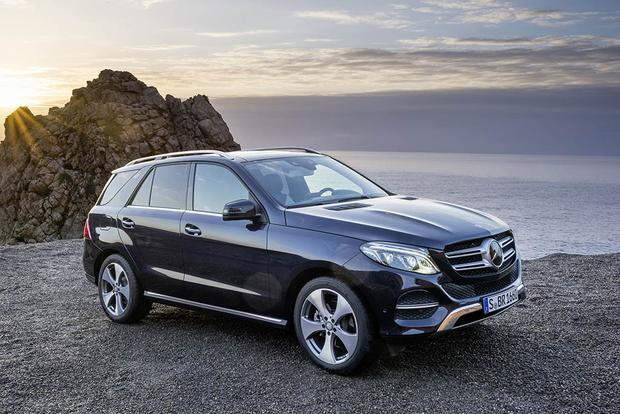 2017 Mercedes-Benz GLE-Class: New Car Review featured image large thumb1