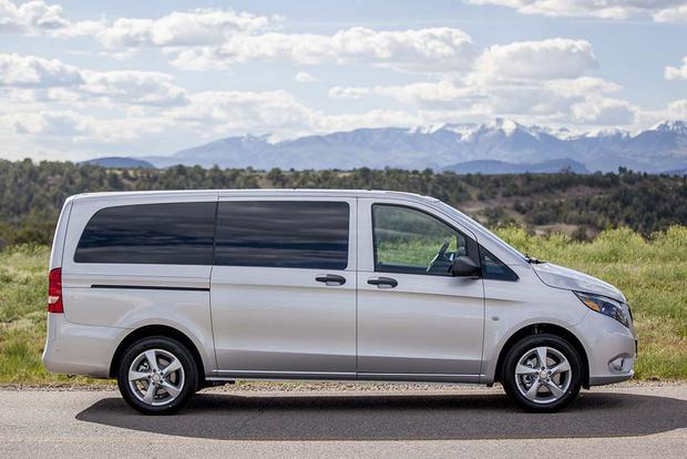 2016 Mercedes-Benz Metris vs. 2016 Mercedes-Benz Sprinter: What's the Difference? featured image large thumb9