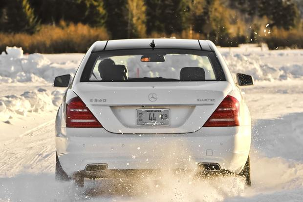 2013 Mercedes-Benz S-Class: New Car Review featured image large thumb5