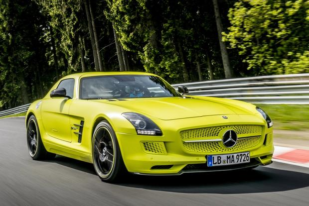 2014 Mercedes-Benz SLS-Class: New Car Review featured image large thumb3