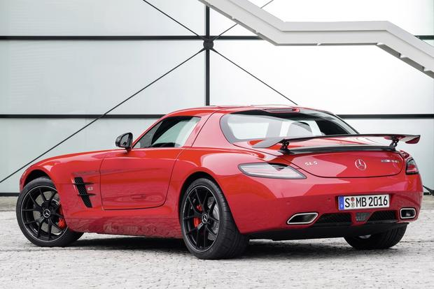 2014 Mercedes-Benz SLS-Class: New Car Review featured image large thumb1