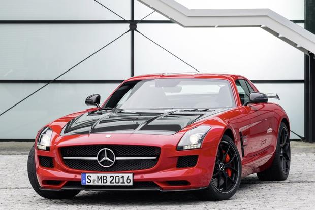 2014 Mercedes-Benz SLS-Class: New Car Review featured image large thumb0