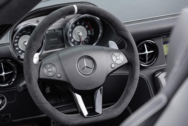 2015 Mercedes-Benz SLS AMG: Overview featured image large thumb5