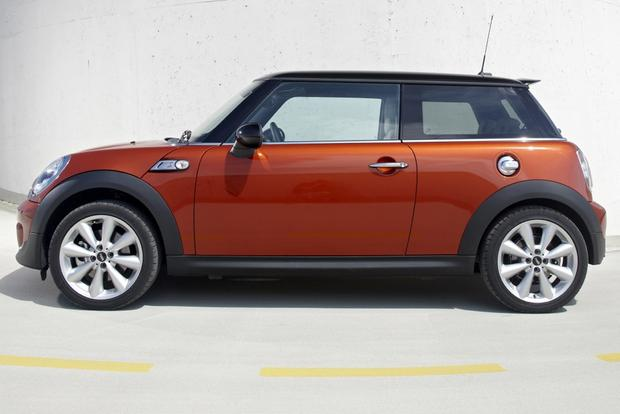 2013 Mini Hatchback & Convertible: OEM featured image large thumb2