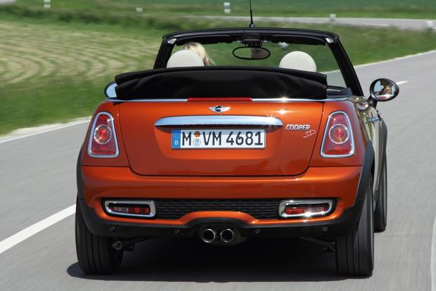 2013 Mini Hatchback & Convertible: OEM featured image large thumb8