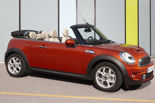 2013 Mini Hatchback & Convertible: OEM featured image large thumb10