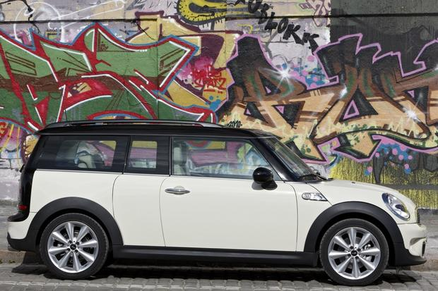 2013 Mini Clubman: New Car Review featured image large thumb3