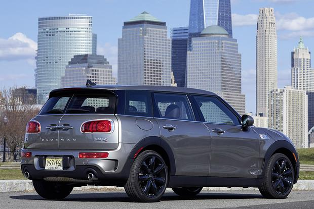 2014 vs. 2016 Mini Clubman: What's the Difference? featured image large thumb4