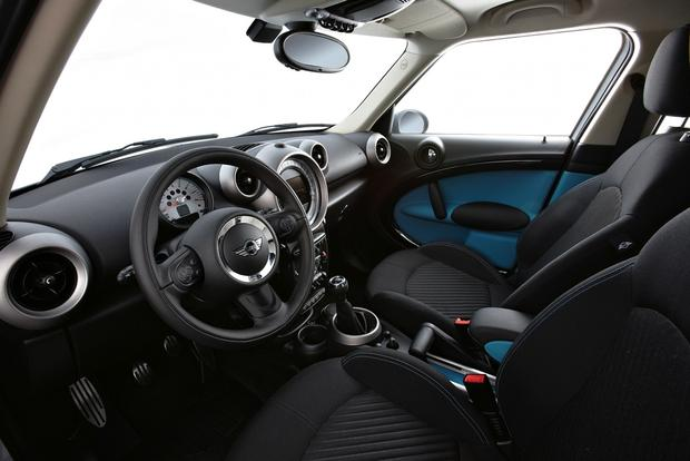 2013 Mini JCW Countryman: OEM featured image large thumb35