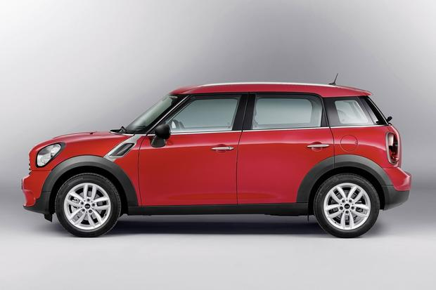 2013 Mini JCW Countryman: OEM featured image large thumb11