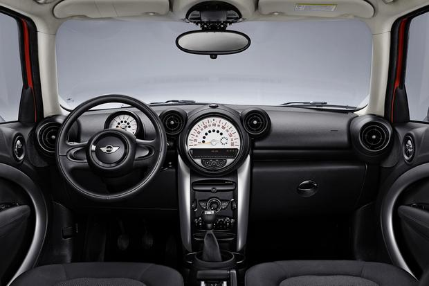 2013 Mini JCW Countryman: OEM featured image large thumb14