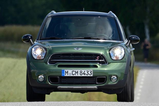2016 Mini Countryman: New Car Review featured image large thumb3