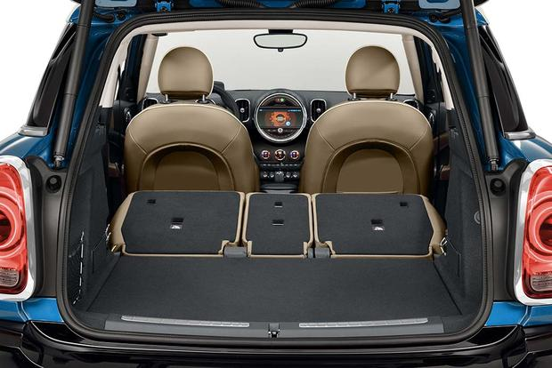 2013 Mini Countryman: New Car Review featured image large thumb16