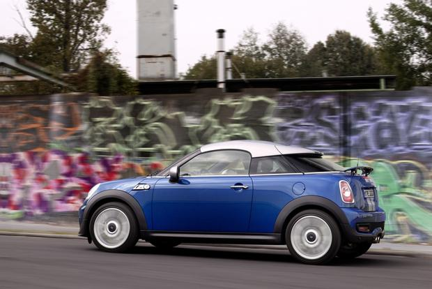 2015 Mini Cooper Coupe: New Car Review featured image large thumb4