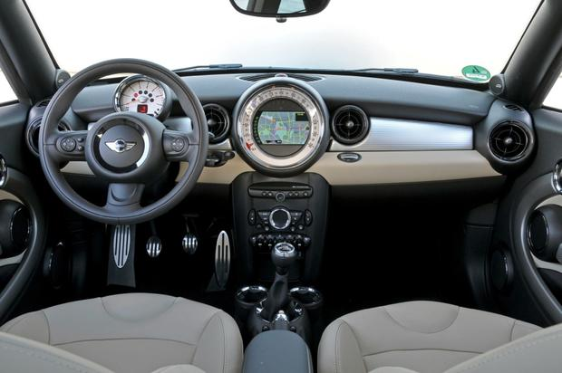 2015 Mini Cooper Coupe: New Car Review featured image large thumb8