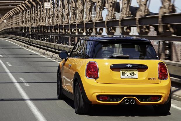2014 MINI Cooper: New Car Review