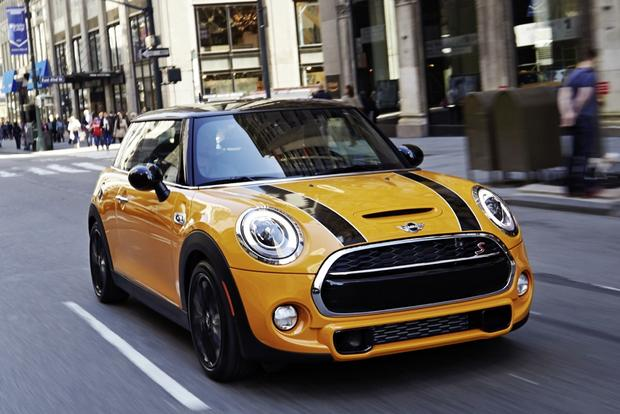 2014 MINI Cooper: New Car Review featured image large thumb1