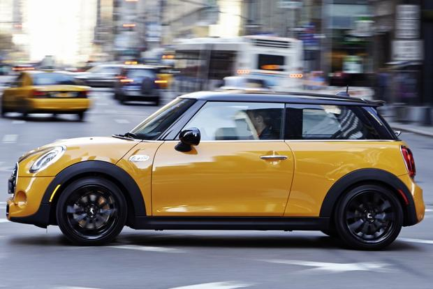 2014 MINI Cooper: New Car Review featured image large thumb2