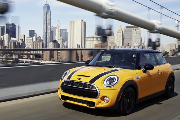 2014 Mini Cooper: New Car Review featured image large thumb3