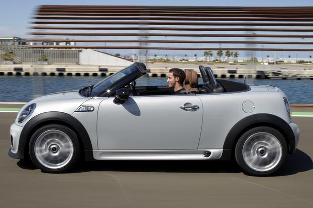 2013 Mini Roadster: New Car Review featured image large thumb2
