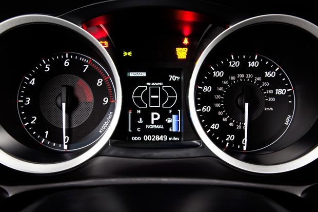 2013 mitsubishi lancer evolution new car review featured image large thumb7 - Mitsubishi Evo Interior 2013