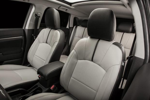 2013 Mitsubishi Outlander: New Car Review featured image large thumb11