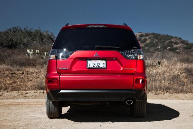 2013 Mitsubishi Outlander: New Car Review featured image large thumb14