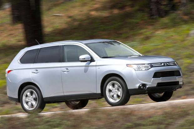 2014 Mitsubishi Outlander: New Car Review featured image large thumb0