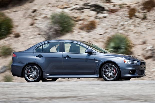 2015 Mitsubishi Lancer Evolution: New Car Review featured image large thumb1