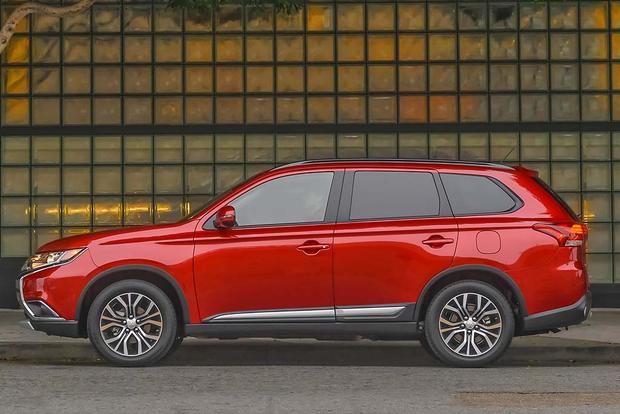 2016 Mitsubishi Outlander: New Car Review featured image large thumb6