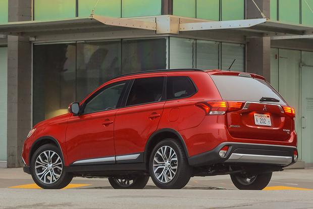 2016 Mitsubishi Outlander: First Drive Review featured image large thumb3