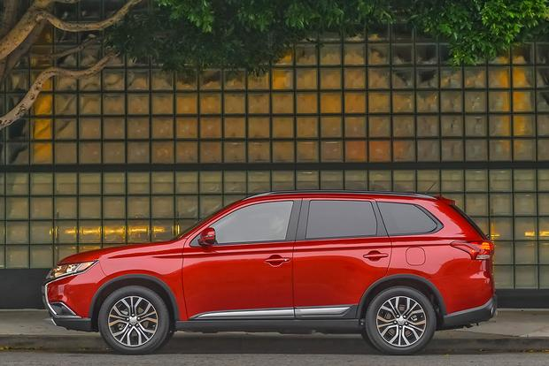 2016 Mitsubishi Outlander: First Drive Review featured image large thumb4
