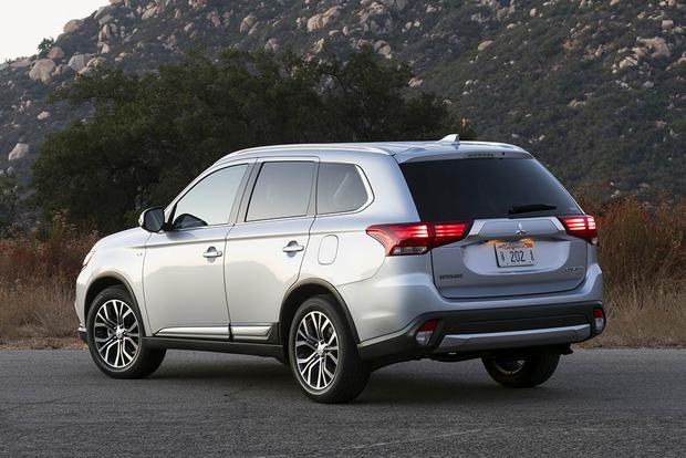 2017 Mitsubishi Outlander New Car Review Autotrader