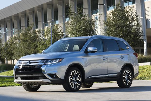 2018 Mitsubishi Outlander: New Car Review featured image large thumb1