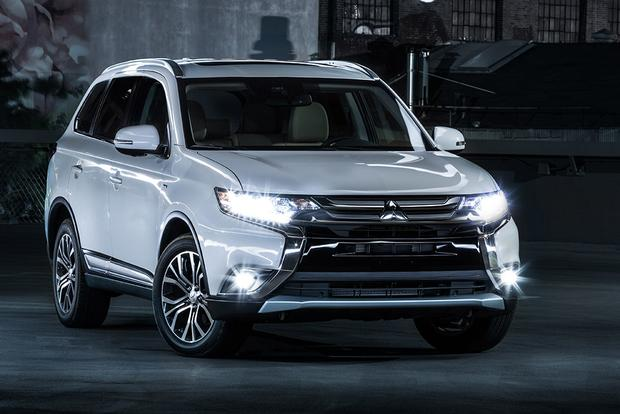 2018 Mitsubishi Outlander: New Car Review featured image large thumb0