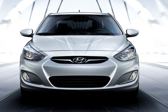 2012 Hyundai Accent: First Drive featured image large thumb22