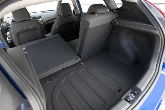 2012 Hyundai Accent: First Drive featured image large thumb39