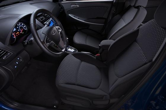 2012 Hyundai Accent: First Drive featured image large thumb31