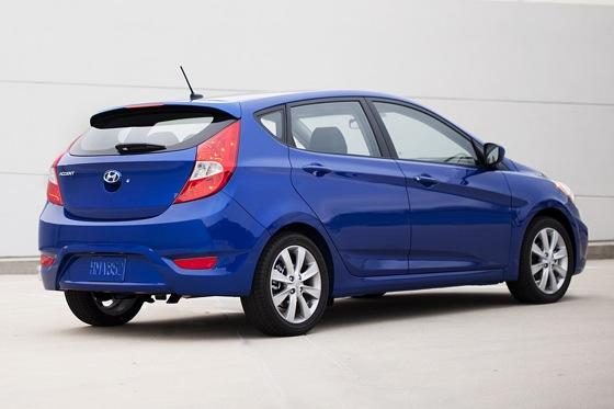 2012 Hyundai Accent: First Drive featured image large thumb11