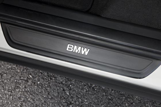 2011 BMW X3 - New Car Review featured image large thumb26